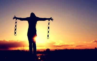 Be Set Free From Suffering & Thrive in a Challenging World